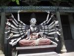 mini-bouddhas-a-plusieurs-bras-shuanglin-si-pingyao